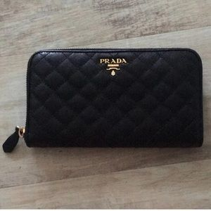 Prada quilted Wallet